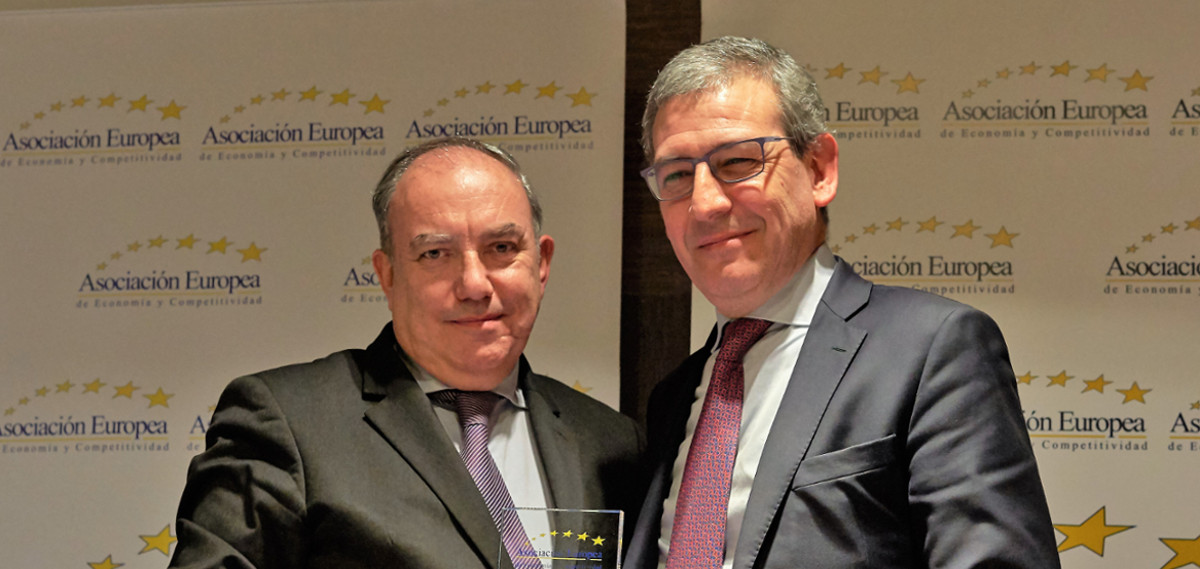 Macsa ID recibe el premio europeo de AEDEEC como una de las empresas más representativas del país.