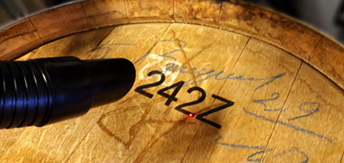 Quality laser marking for wooden barrels (Tiflex - France)